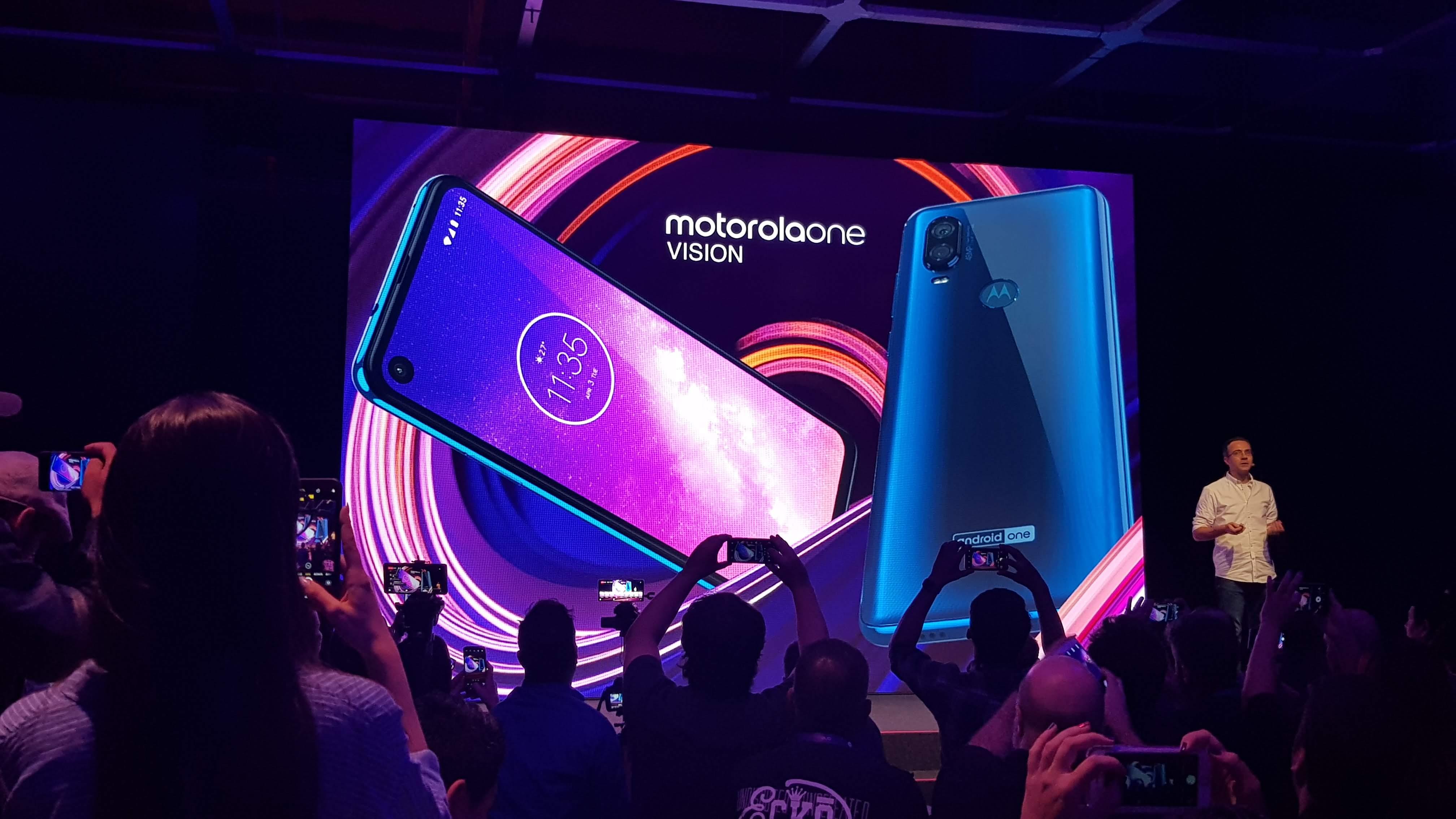 Motorola One Vision | É oficialmente lançado no Brasil com tela Cinema Vision Full HD+ 21:9