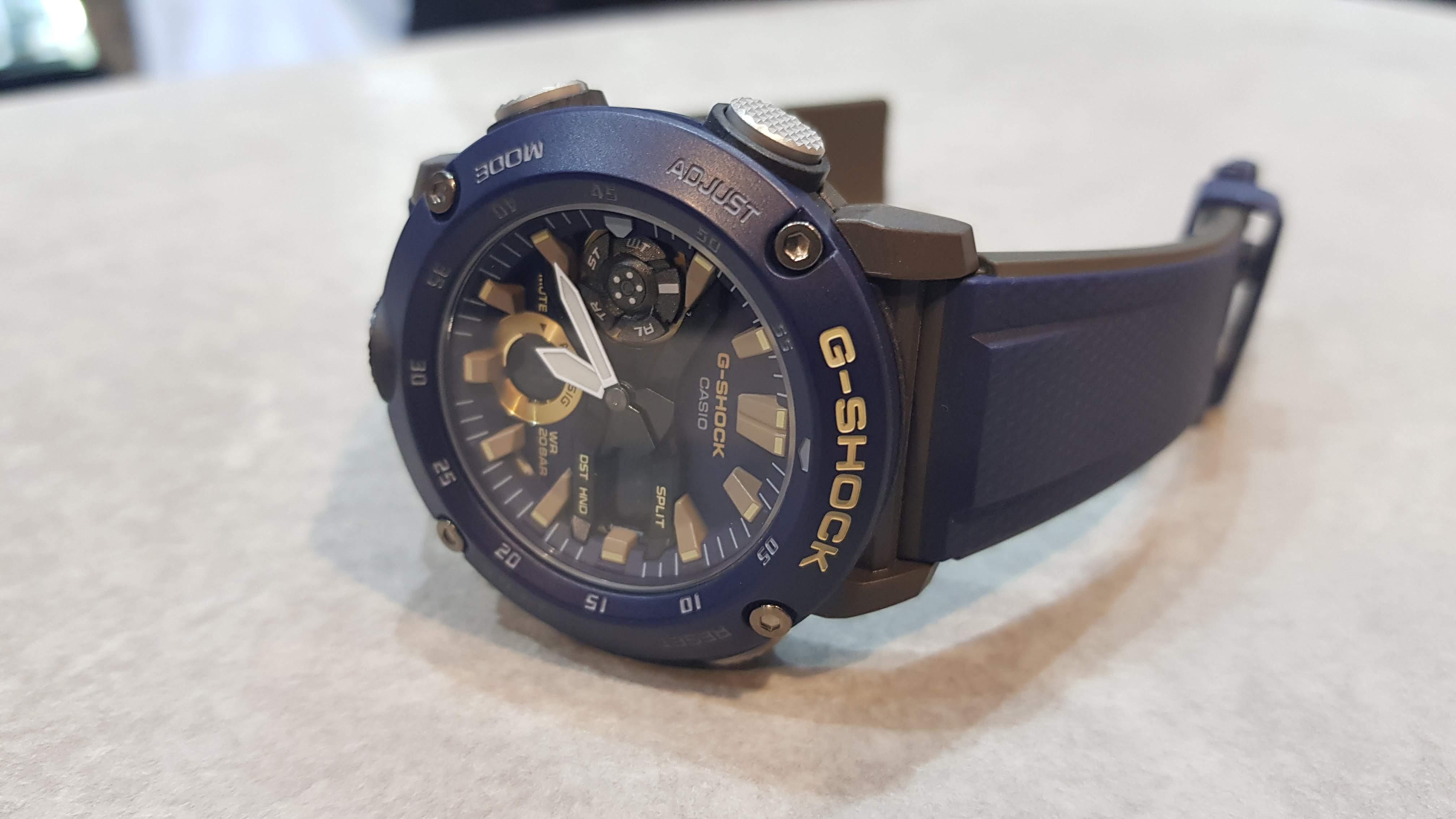 G-SHOCK lança novo modelo de relógio: GA-2000 à base de fibra de carbono