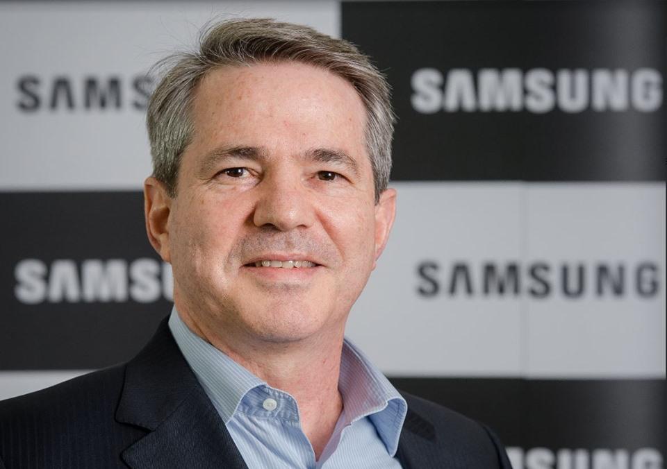 Entrevista   Saiba mais sobre as lojas conceito da Samsung!