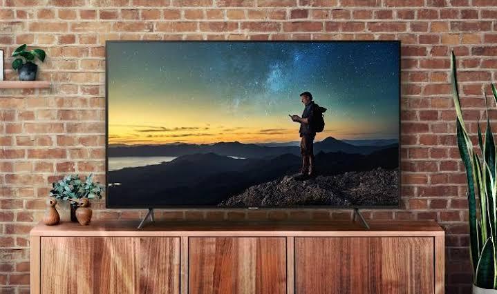 Samsung | RU7100 é uma boa opção de TV 4K nesta Black Friday