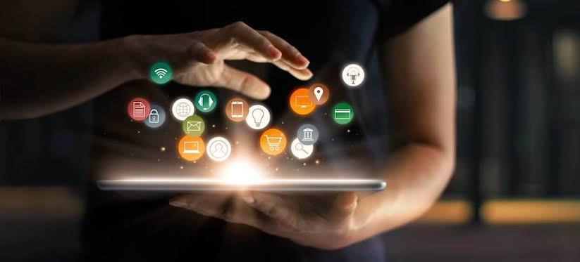 Por que as empresas de tecnologia estão focadas em hardware e não em software?