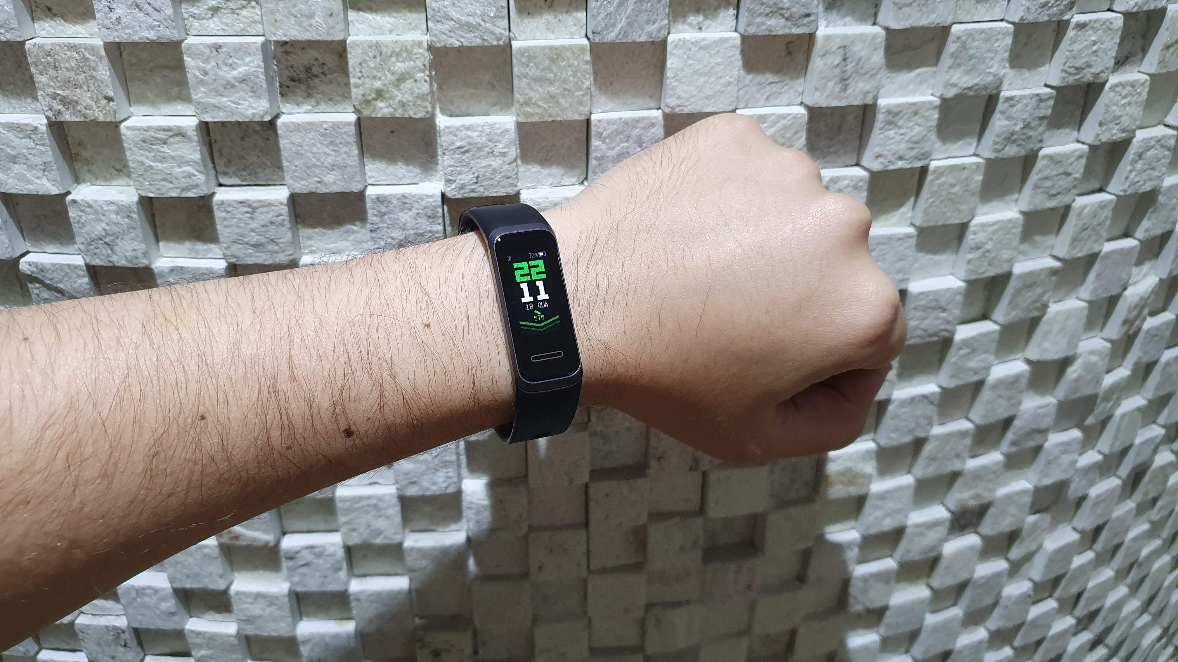 Análise | Huawei Band 4 é uma boa alternativa para os fitness com preço acessível